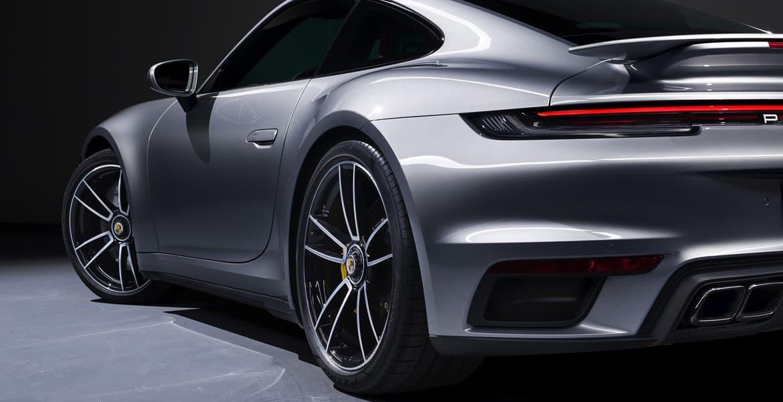 Porsche Inedit Deux Nouveaux Modeles Porsche 911 Font Leurs Debuts En Ligne