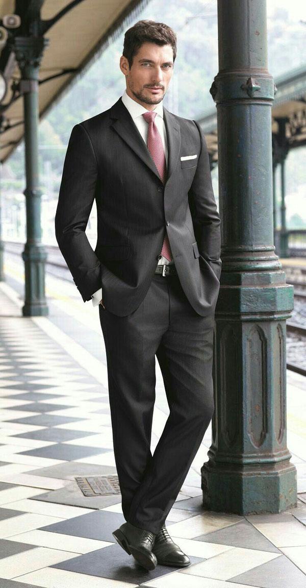 Como levar o traxe de homes