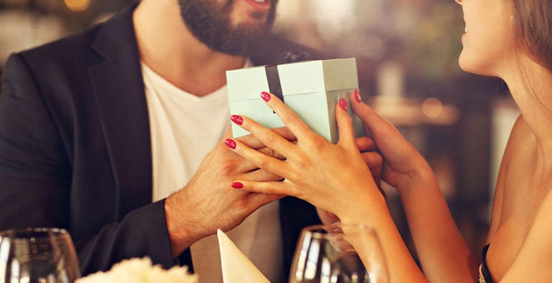 Saint Valentin 2019   Idées Cadeaux pour les couples 5160f925340