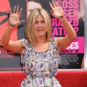 Jennifer Aniston aux anges : l'actrice est récompensée pour sa carrière sous les yeux de son chéri !