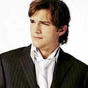Ashton Kutcher : il est l'acteur le mieux payé de la télé