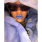 Bientôt une nouvelle gamme de lipsticks ultra colorée signée Rihanna ?